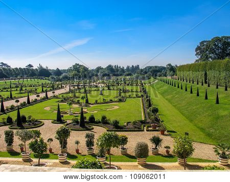 London, United Kingdom - Sept 5, 2004:  The Privy Garden At Hampton Court Palace Home Of Henry Viii
