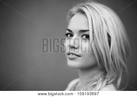 Black and white portrait  beautiful young girl