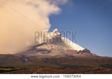 Large Plume Of Ash And Steam From The Cotopaxi