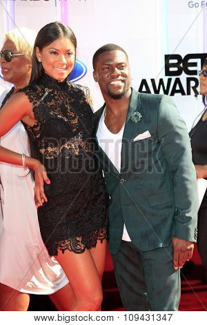 LOS ANGELES - JUN 29:  Kevin Hart at the 2014 BET Awards - Arrivals at the Nokia Theater at LA Live on June 29, 2014 in Los Angeles, CA