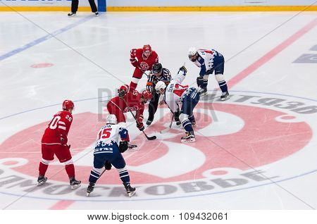 R. Horak (15) And D. Semin (42) On Faceoff