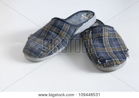 Old worn Low-heeled slippers
