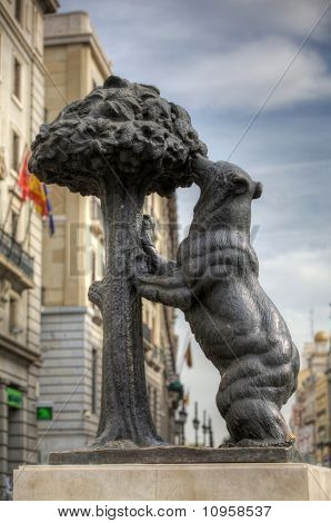 Symbol of Madrid - bear and strawberry tree
