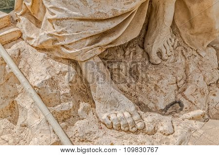 Statue detail Khwaju Kermani