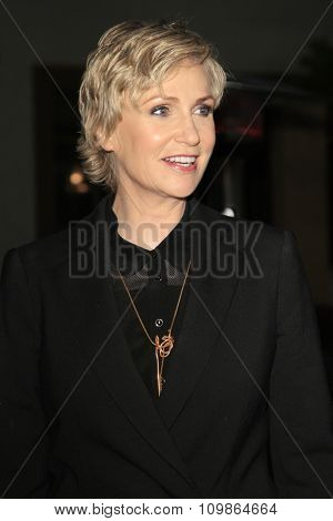 LOS ANGELES - FEB 15:  Jane Lynch at the Make-Up Artists And Hair Stylists Guild Awards 2014 at the Paramount Theater on February 15, 2014 in Los Angeles, CA