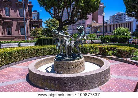 The Fountain in the Huntington Park, San Francisco
