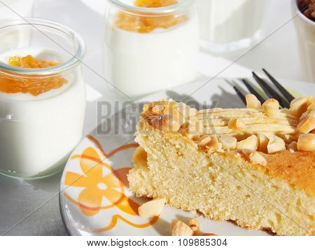 Breakfast with apple cake