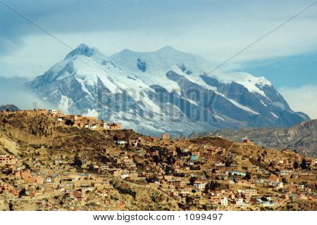La Paz And The Mountain