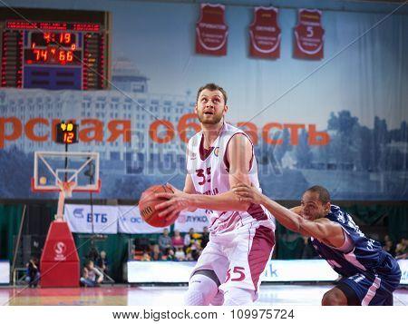Artem Zabelin