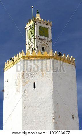 Mosque minaret in El-Jadida, Morocco, Africa