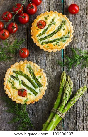 Tart With Asparagus And Cherry Tomatoes