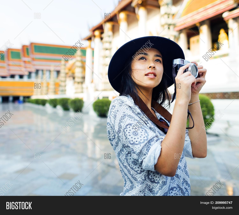 Asian Beauty Solo