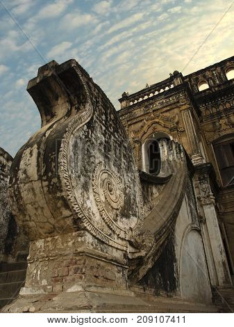 COLOR PHOTO OF DETAILS OF MONASTERY ARCHITECTURE IN MYANMAR/ BURMA