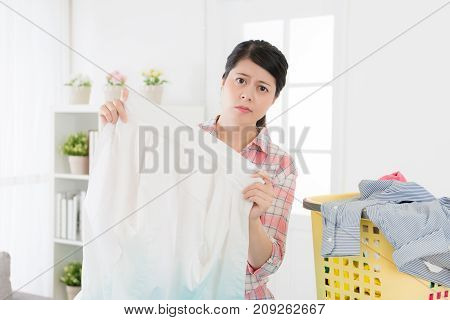 Sweet Housewife Organized Family Clothing At Home