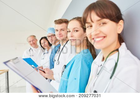 Group of doctors in physician apprenticeship as a team in training