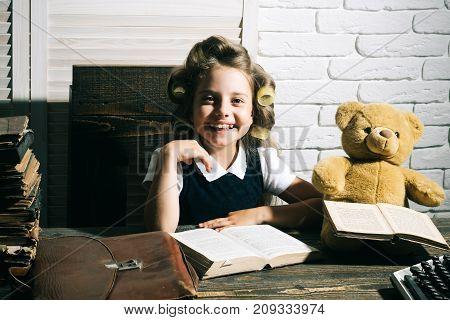 Kid Choose Career Of Journalist Or Writer.