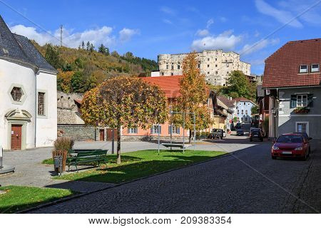 Hstorical center of Gmuend with the ruins of the ancient castle on a hill. Gmuend in Kaernten,  district of Spittal an der Drau, federal state of Carinthia,  Austria