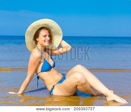 Tanning Model Total Relaxation