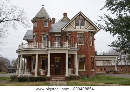 January 2 2016 Elgin Texas USA: the Elgin city hall housed in a brick building built in 1906