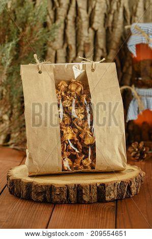 Dried Chanterelles Mushrooms