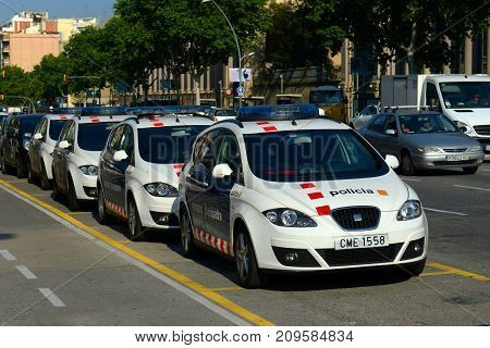 BARCELONA - JUN. 11, 2013: Barcelona Police Car near Placa Espanya in Barcelona, Catalonia, Spain.