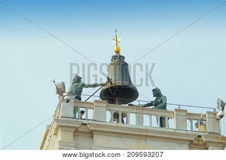 VENICE ITALY - SEPTEMBER 29 2017: At top of the clock tower (Torre dell'Orologio) are two bronze figures which strike the hours on a bell.