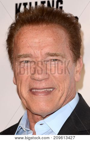 LOS ANGELES - OCT 14:  Arnold Schwarzenegger at the