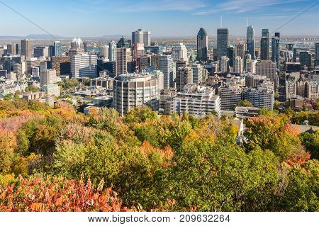 Montreal, Canada - 18 October 2017: Montreal Skyline With Autumn Colors From Mont Royal Kondiaronk B