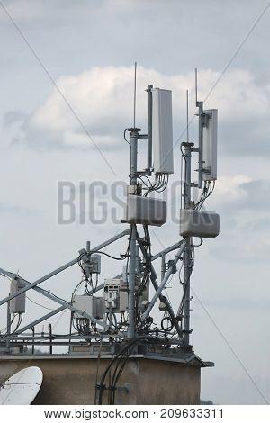 Transmitter station detail