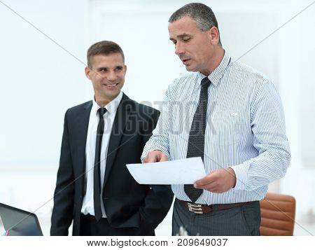 Manager and client to discuss the terms of the contract