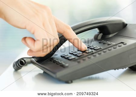 Key hand phone keypad using phone call consulting services