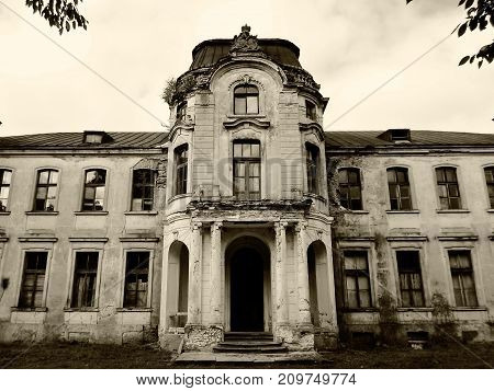 Abandoned palace in Belarus (Zheludok, Grodno region), built in the early twentieth century, example of Art Nouveau style