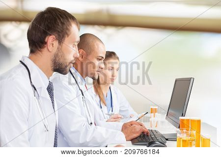 Talking doctors white computer female smiling people
