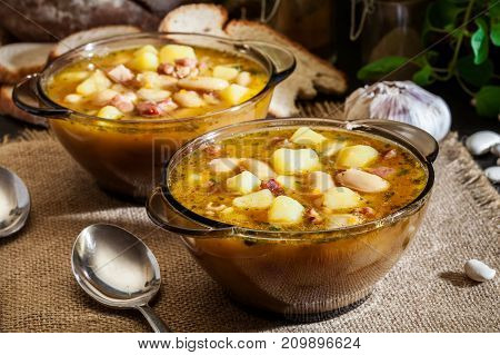 White Bean Soup With Potatoes And Bacon