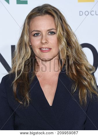LOS ANGELES - OCT 09:  Alicia Silverstone arrives for the 'Jane' Los Angeles Premiere on October  9, 2017 in Hollywood, CA