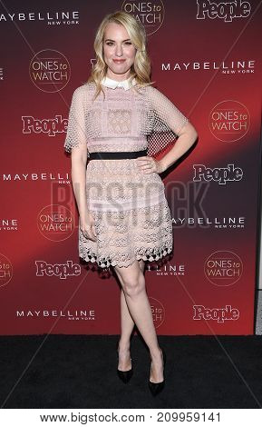 LOS ANGELES - OCT 04:  Leslie Grossman arrives for the People's 'One's To Watch' Event on October 4, 2017 in Hollywood, CA