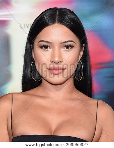 LOS ANGELES - SEP 27:  Julia Kelly arrives for the 'Flatliners' World Premiere on September 27, 2017 in Los Angeles, CA