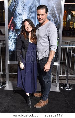 LOS ANGELES - OCT 16:  Holly Marie Combs arrives for the