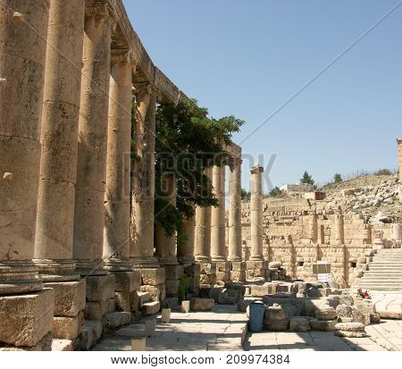 Oval plaza forum in the ruins of the old city of Jerash in Jordan