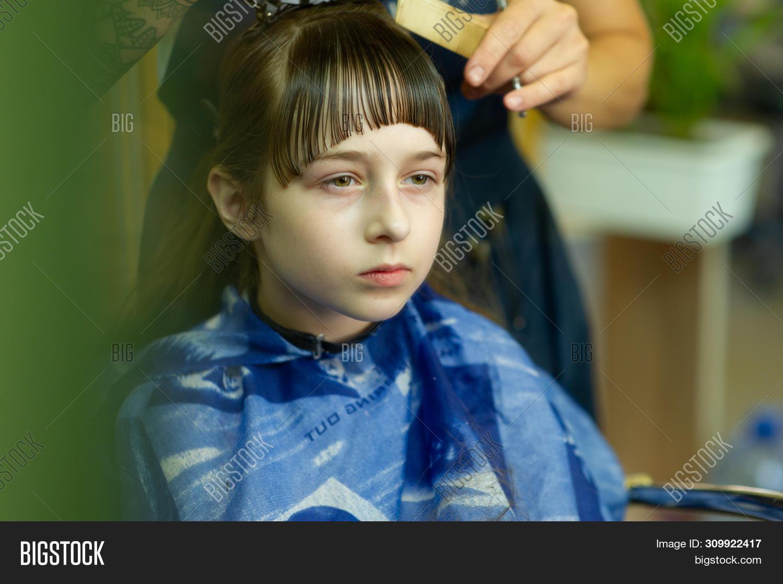 Miraculous Hairdresser Making Image Photo Free Trial Bigstock Schematic Wiring Diagrams Amerangerunnerswayorg