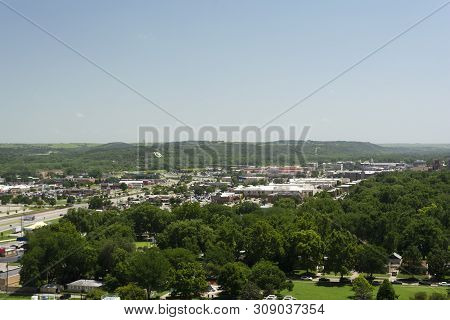Manhattan, Kansas, Usa - June 29, 2019: The City Of Manhattan, Kansas Is Located At The Junction Of