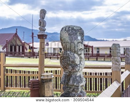 Statue At  Wharenui Or Maori Meeting House, Tamatekapua Marae, Ohinemutu, Te Arawa Tribe, Rotorua