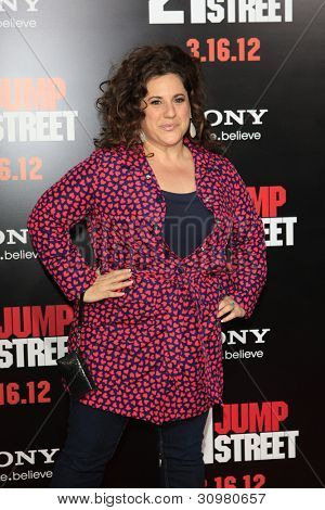 LOS ANGELES - MAR 13:  Marissa Jaret Winokur arrives at the