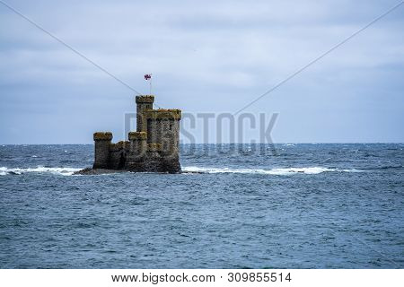 St Marys Isle Also Known As Conister Rock Or The Tower Of Refuge Is A Partially Submerged Reef In Do