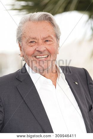 CANNES, FRANCE - MAY 19, 2019: Alain Delon attends the photocall for Palme D'Or D'Honneur during the 72nd annual Cannes Film Festival