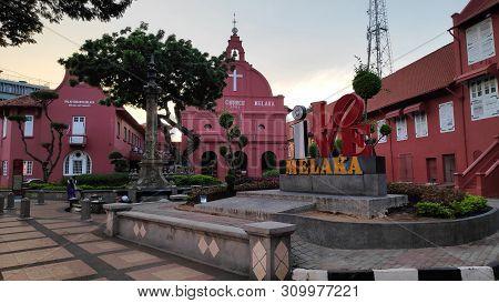 Melaka, Malaysia - 25 Jun, 2019: Day View Of Christ Church & Dutch Square In Malacca Malaysia. Melak