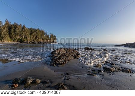 View Of The Rocky Beach On The Pacific Ocean On Vancouver Island, Canda