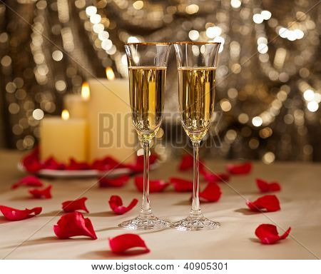 Gold Glitter Wedding Reception Setting With Champagne