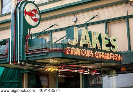 Portland, Oregon Usa - Feb. 10, 2021:\nstreet View Of Jake\'s Famous Crawfish\