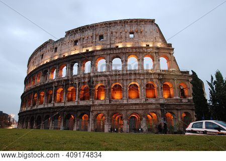 Ancient Rome Italy, People Walk Around The Colosseum, Ancient City Rome Italy, December 13, 2008